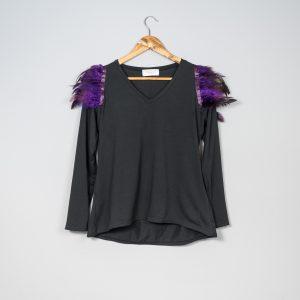 Camiseta de plumas