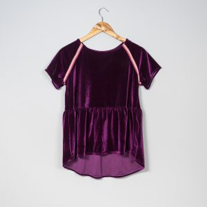 Camiseta de terciopelo lila